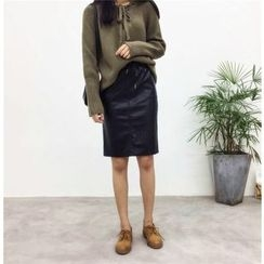 Jolly Club - Faux-Leather Pencil Skirt