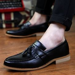 Hipsteria - Tassel Pointy Loafers