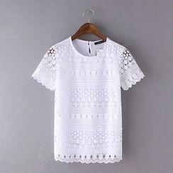 Ainvyi - Crochet Short-Sleeve T-Shirt
