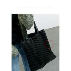 ATTYSTORY - Faux-Leather Pleated Shopper bag