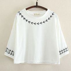 Angel Love - Embroidered Cropped 3/4-Sleeve T-Shirt