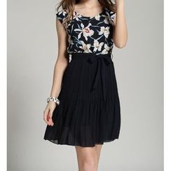 GRACI - Floral Print Pleated Chiffon Dress