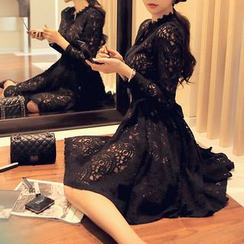 EFO - Long-Sleeve Lace Shirtdress