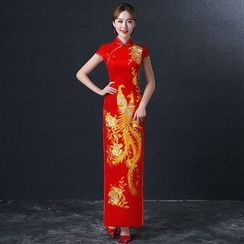 Royal Style - Embroidered Cap-Sleeve Wedding Cheongsam