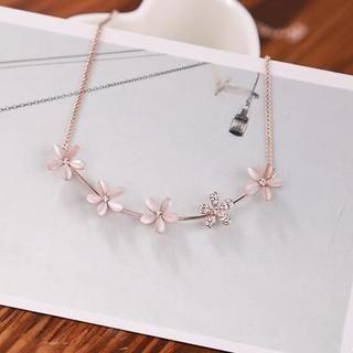 Love Generation - Rhinestone Flower Necklace