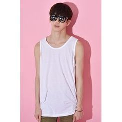 Ohkkage - Sleeveless Colored T-Shirt