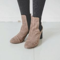 JUSTONE - Cylinder-Heel Chelsea Ankle Boots