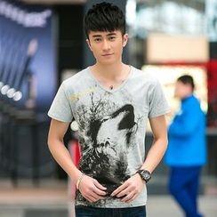 SOLER - Print V-neck Short-Sleeve T-shirt