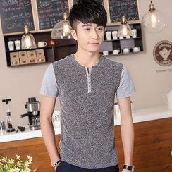 SOLER - Panel Henley Short-Sleeve T-shirt