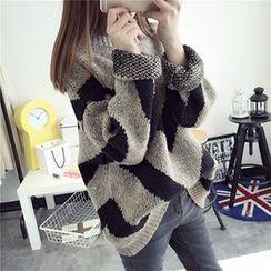 FR - Oversized Chevron Sweater
