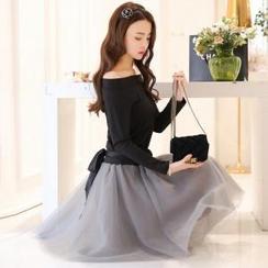 Porta - 套装: 一字肩长袖上衣+蝴蝶结蓬蓬长裙
