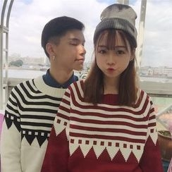 Bloombloom - Couple Matching Patterned Thick Sweater