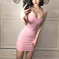 Yohana - Sleeveless Plain Mini Dress