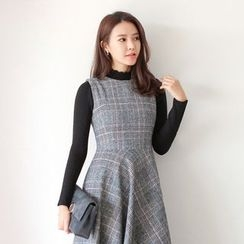 WITH IPUN - High-Neck Rib-Knit Top