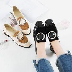 QQ Trend - 圆头饰扣粗跟乐福鞋