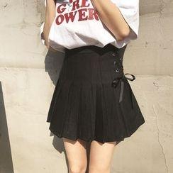 YUKISHU - Lace Up Pleated Skirt