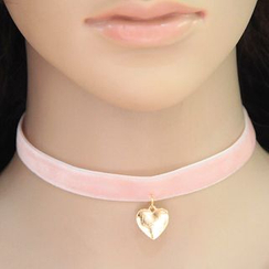 Bling Thing - Heart Pendant Choker