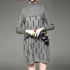 Alaroo - Pattern Mock Neck Knit Dress