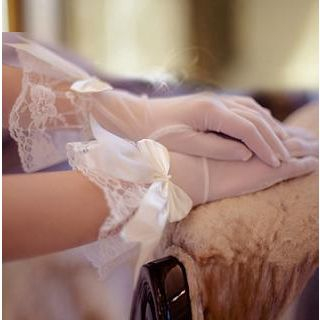 Luxury Style - Bow-Accent Lace Bridal Gloves