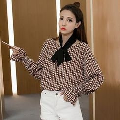 Bloombloom - Patterned Chiffon Blouse
