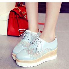 Freesia - Lace Panel Lace-Up Platform Shoes