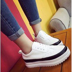 Simply Walk - Platform Sneakers