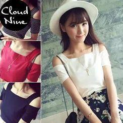 Cloud Nine - Cut Out Shoulder Short Sleeves T-shirt