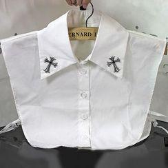 MIOW - Cross Decorative Collar