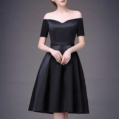 LYRA - 露肩中長禮服裙
