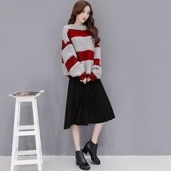 Romantica - Set: Striped Sweater + Pleated A-Line Skirt