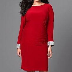 Dream a Dream - Long-Sleeve Backless Dress