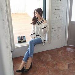 Seoul Fashion - V-Neck Contrast-Trim Knit Top