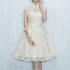 Luxury Style - Mandarin Collar Short-Sleeve Lace Cocktail Dress