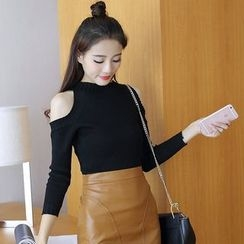 Ashlee - Set: Cold Shoulder Long-Sleeve Knit Top + Faux Leather Mini Skirt