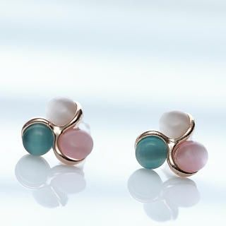 Cuteberry - Rhinestone Clover Stud Earrings
