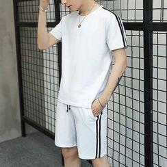 Masowild - Set: Short-Sleeve T-Shirt + Shorts