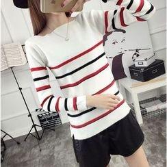 菲兒 - 条纹毛衣