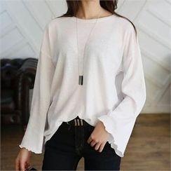 CHICFOX - Crewneck Bell-Sleeve T-Shirt