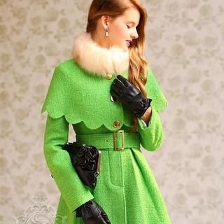 Dabuwawa - Buckled Coat with Faux-Fur-Collar Cape
