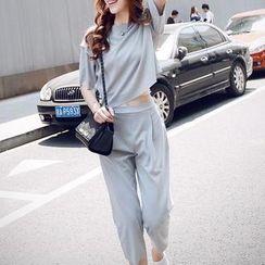 SEYLOS - Set: Short-Sleeve T-Shirt + Sweatpants