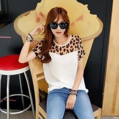 REDOPIN - Short-Sleeve Chiffon Leopard Trim Top