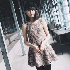 Tokyo Fashion - Sleeveless Tie Waist Dress
