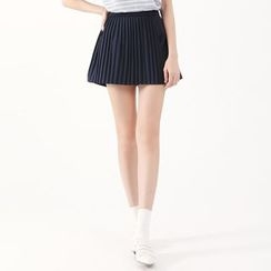 Tokyo Fashion - Pleated Shorts