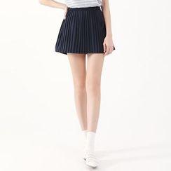 東京著衣 - 打褶襉短褲