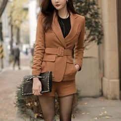 Aurora - Set: Blazer + Shorts