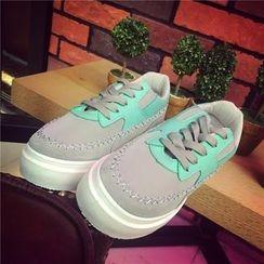 時尚麥樂 - 插色運動鞋