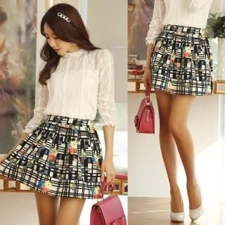 Styleonme - Band-Waist Patterned Pleated Miniskirt