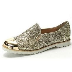 MODELSIS - Metal-Accent Glittered Slip-Ons