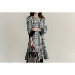 UPTOWNHOLIC - Pleated-Trim Checked Dress