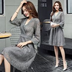 AiSun - V-neck Bell-Sleeve Dress